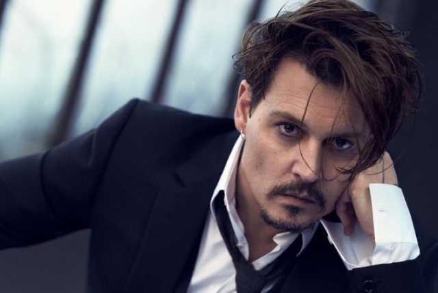 Johnny Depp vende i suoi attici nel centro di Los Angeles