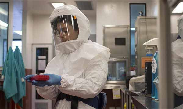 Ebola positivo il test su infermiere Emergency