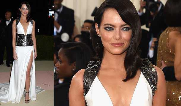 Emma Stone la regina del red carpet in stile Cleopatra