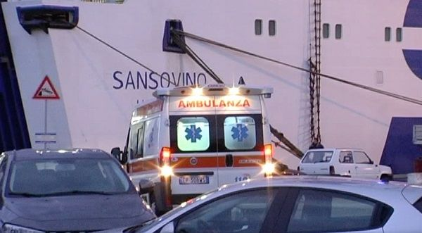 Messina, grave incidente a Porto: tre operai morti