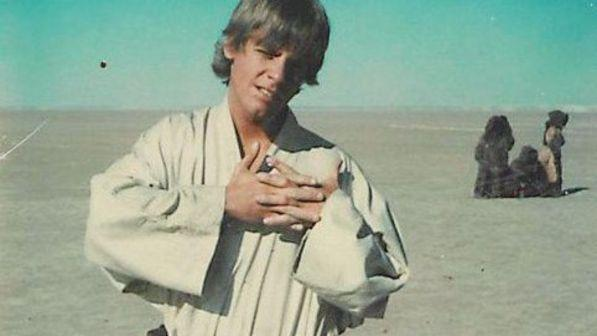 Star Wars, Mark Hamill posta una foto dal primo set