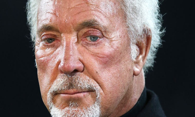 tom jones canto mi ha salvato la vita
