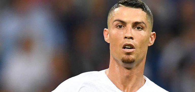 Cristiano Ronaldo inaugura la clinica per il trapianto dei capelli