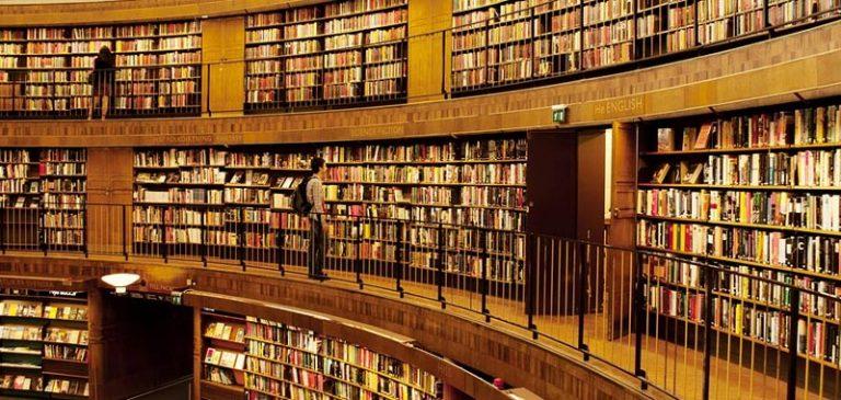 Lo avevo dimenticato: restituisce il libro alla biblioteca dopo 53 anni