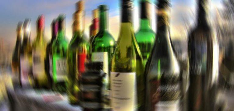 Alcol, danneggia il cervello anche quando si smette di assumerlo
