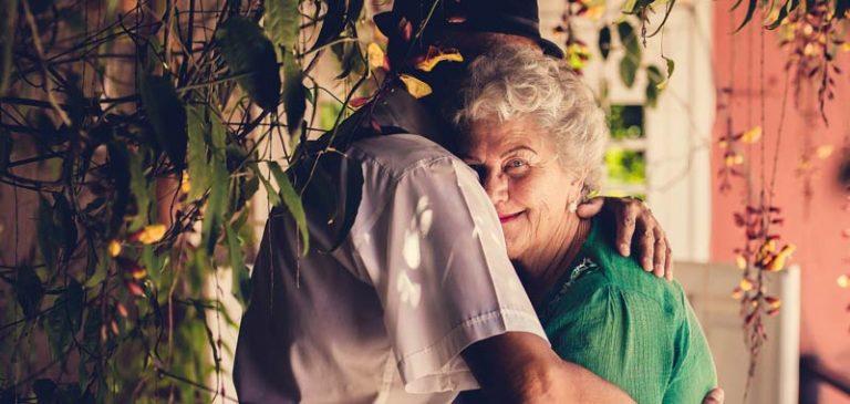 Rimini: a letto troppo rumorosi, coppia di anziani denunciata