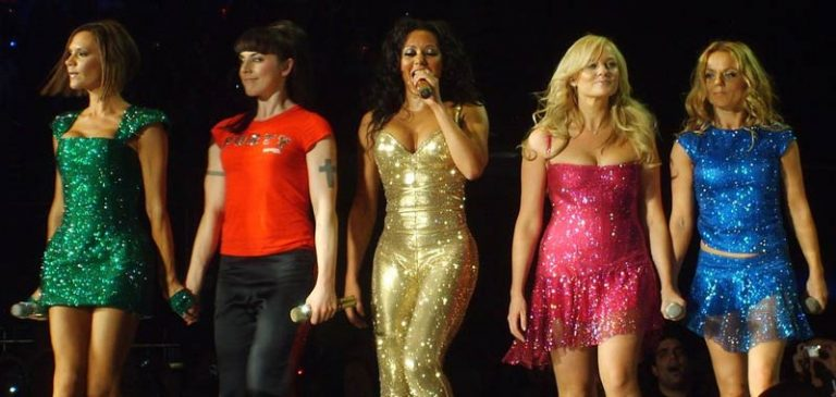 Spice Girls: Mel B furiosa con Geri per aver negato la loro storia