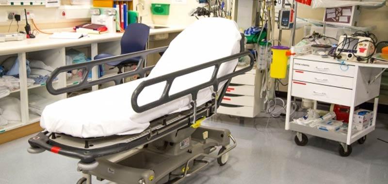 Napoli ospedale Cardarelli si ferma per la mancanza di biancheria