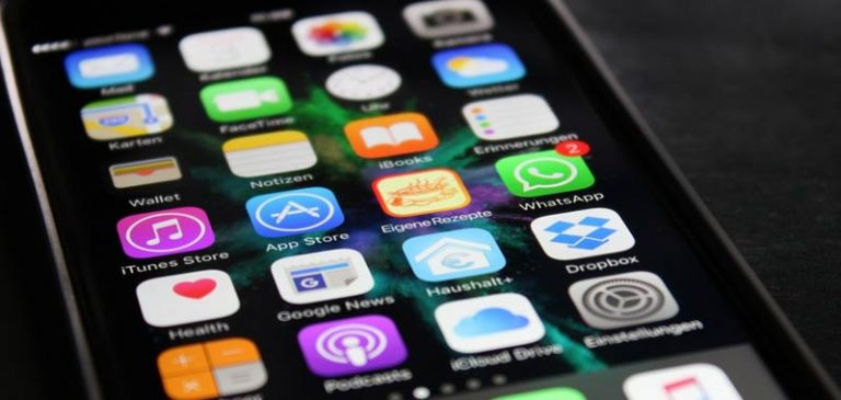 Spiare Whatsapp sul telefonino del proprio figlio? Ora è possibile e facile
