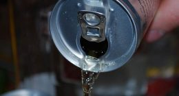 Bevi tante bevande zuccherate Attento al tumore