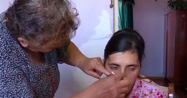 La ragazza armena che piange lacrime di cristallo