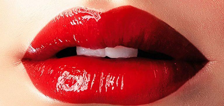 Labbra, i chirurghi le fanno a forma di ciliegia