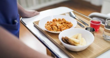 Lucca cena in ospedale a base di preservativo