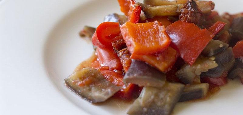 La caponata conosci uno dei piu gustosi piatti siciliani