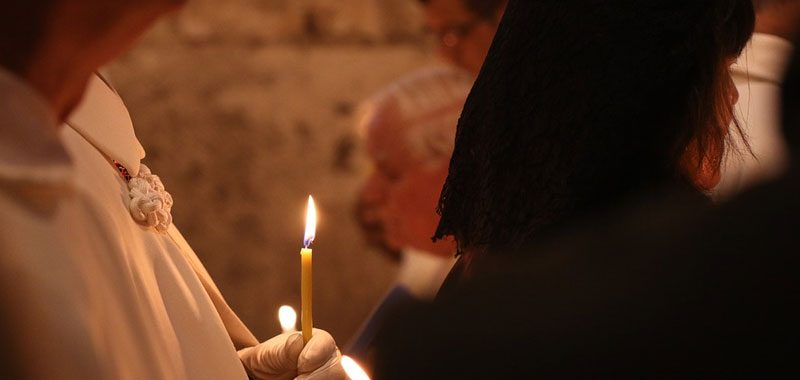 Padova sacerdote 73enne invia foto hot nella chat coi parrocchiani