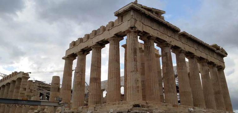 Gli antichi templi greci furono costruiti con delle gru?