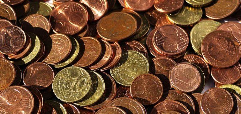 Malegno, Il sindaco paga sanzione allo stato con 168 kg di centesimi