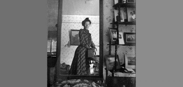 La leggenda della donna nello specchio