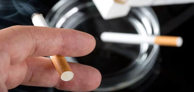 Medico condivide video dei polmoni di un fumatore