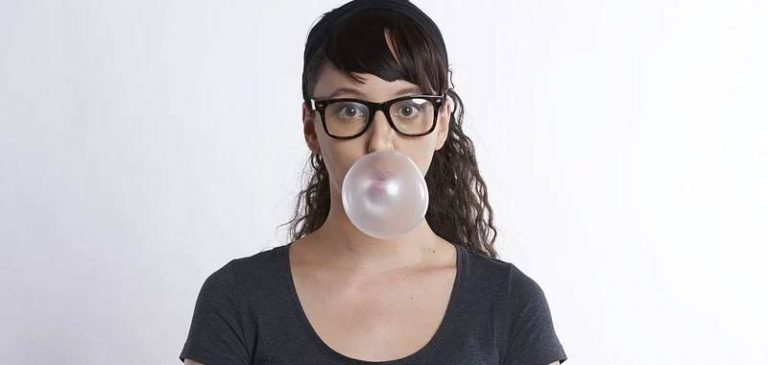 Gomme da masticare? Le senza zucchero riducono realmente la carie