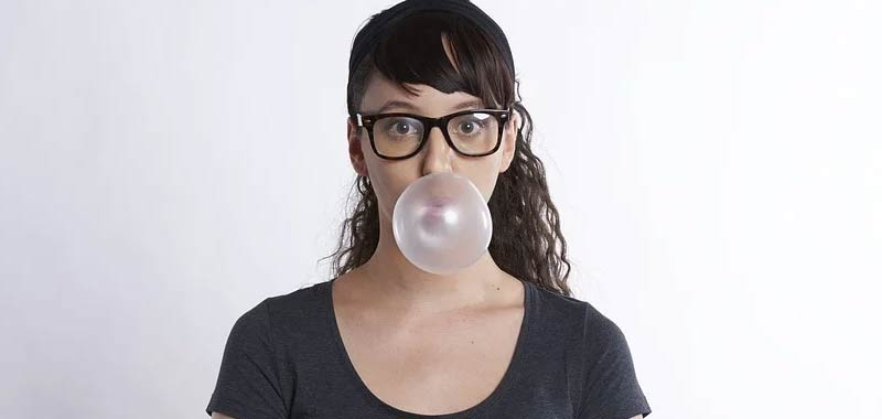 Gomme da masticare Le senza zucchero riducono realmente la carie