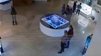 Mistero al Museo La teca di un meteorite si muove da sola