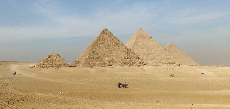 La grande Piramide, scoperta forse la camera segreta?