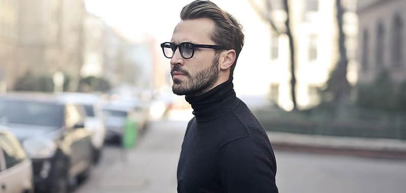 Ordina un maglione di lana online ma si accorge tardi de errore