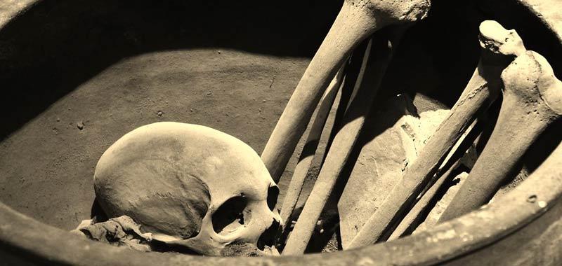 Trovano 300 ossa nel suo giardino era un serial killer