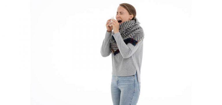 Antibiotici e antinfiammatori, ecco cosa non prendere in caso di influenza