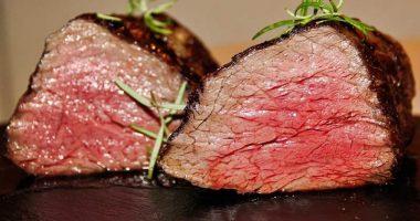 Bistecca per donne ristorante sotto accusa sul web