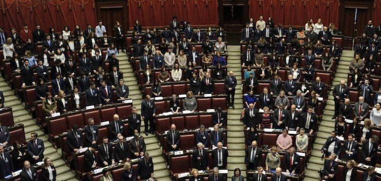 Corsa alla poltrona in Parlamento: merito dei Vitalizi