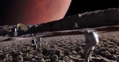 Alieni Ce un monolite gigante su Phobos