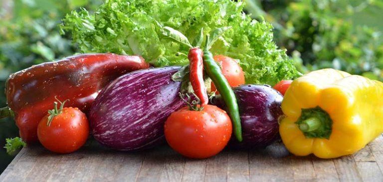 Covid-19 come dobbiamo pulire frutta e verdura?