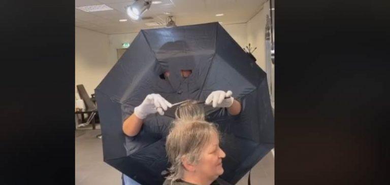 Parrucchiere utilizza metodo alternativo contro il coronavirus