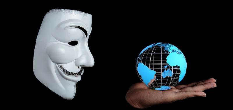 Bill Gates Anonymous lo definisce il Nostradamus 2020