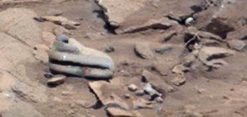 Manufatto alieno scoperto sulla superficie di Marte