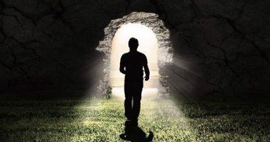 Vita dopo la morte terrificante esperienza di una donna