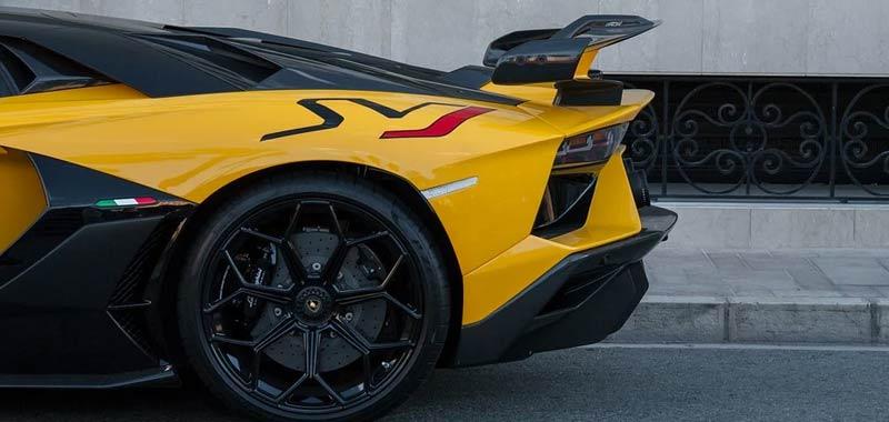5 anni fermato dalla stradale guidava una Lamborghini