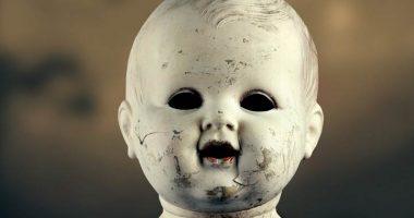 A casa da solo terrorizzato le bambole si muovono