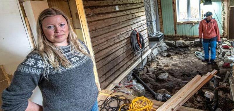 Coppia trova una tomba vichinga sotto la loro casa