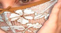 Covid-19 Artista crea mascherine con mutandine usate