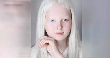 La ragazza cecena di rara bellezza sciocca il web