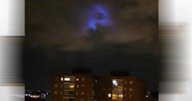 Strane luci anche nei cieli di Madrid ci stanno osservando