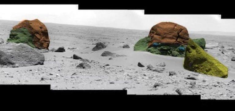Civiltà aliene: Esiste una piramide sepolta su Marte