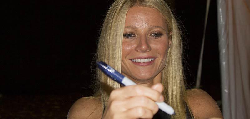 Gwyneth Paltrow lancia una candela che profuma di parti intime