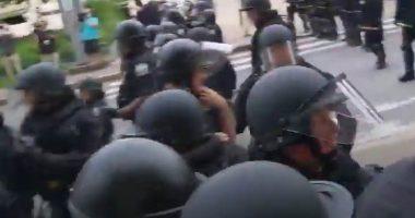 Shock USA Ancora violenza anziano aggredito dalla polizia