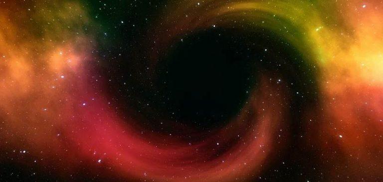 Astronomi rivelano: Un buco nero presente nel sistema solare