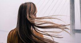 Mai spazzolare i capelli da alto verso il basso cosa dicono gli esperti