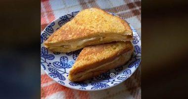 TikTok di come cucinare un toast diventa virale sul web